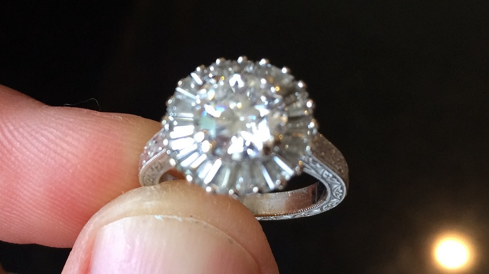 Gemstone And Diamond Cleaning In An Effective Way